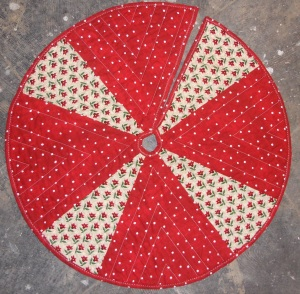 Tree skirt for sale 70